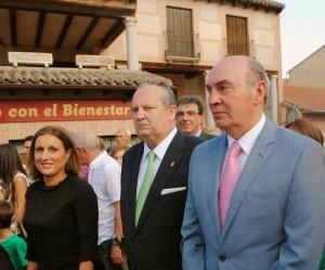 La Diputada Yolanda Ramírez, junto al Alcalde de El Casar y el Presidente de la Diputación de Guadalajara.