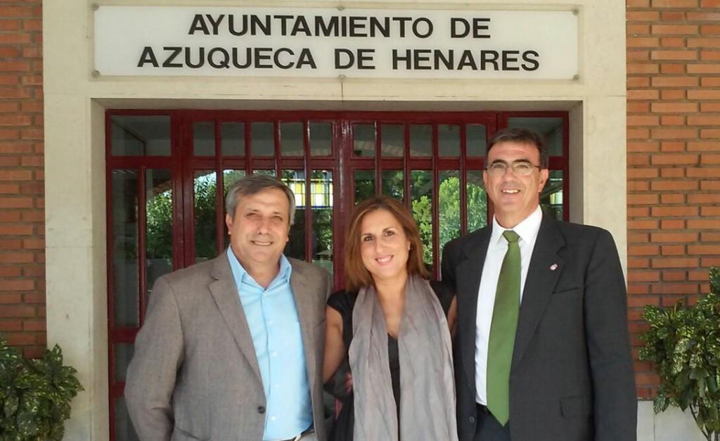 De izq. a dcha.: Antonio López, Delegado Territorial de C's CLM, Yolanda Ramírez, Diputada Provincial de C's Guadalajara, y Juan Gordillo, Portavoz del Grupo Municipal C's El Casar-Mesones.