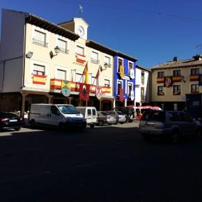 """Ciudadanos (C's) Tendilla pide explicaciones por la colocación de un pendón """"no deseado"""" en la fachada del Ayuntamiento"""