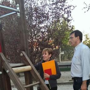 Ciudadanos (C's) El Casar - Mesones visita los parques infantiles y constata la necesaria mejora de estas instalaciones