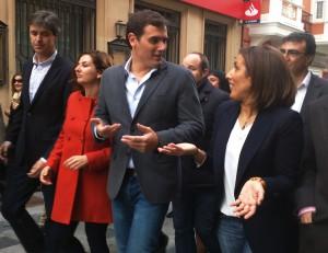 Albert Rivera pasea por la calle Mayor de Guadalajara