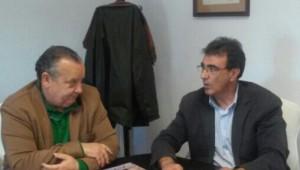 González y Gordillo, en un momento de la reunión.