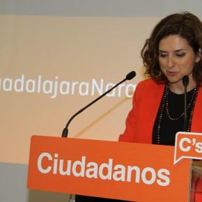 Los guadalajareños arropan a la candidatura de Ciudadanos (C's)