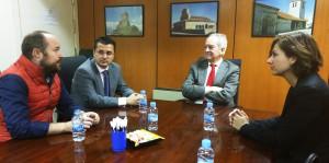 De izq. a dcha.: Alejandro Ruiz, Javier Arriola, Agustín de Grandes y Orlena de Miguel