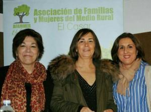 Yolanda Ramírez, junto a la autora Charo Izquierdo.