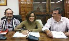 De izq. a dcha., Carlos Hernández, Yolanda Ramírez y Juan Gordillo, durante el pasado Pleno.
