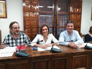 De izq. a dcha., Carlos Hernández, Yolanda Ramírez y Juan Gordillo, Concejales de C's El Casar-Mesones.