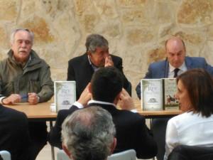 Presentación del libro 'El Rey Pequeño' de Antonio Pérez Henares.
