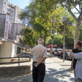 Visita de los concejales junto a vecinos del barrio de La Rambla