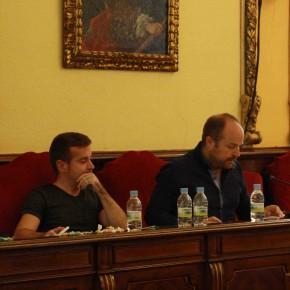 Ángel Bachiller y Alejandro Ruiz durante la sesión plenaria