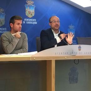 """Alejandro Ruiz: """"Hemos apostado por aumentar las partidas en materia social y empleo, y minorar el gasto en festividades, y aportaciones a los grupos municipales"""""""