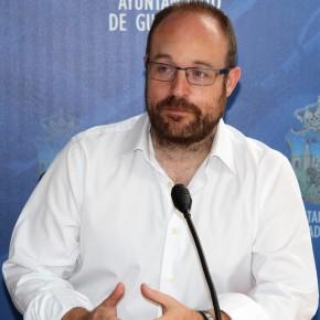 """Alejandro Ruiz: """"Hemos registrado la solicitud de 25 bloques diferentes de documentación para debatir en la Comisión de Transparencia"""""""