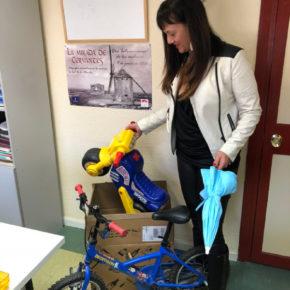 Cs Azuqueca de Henares pone en marcha una recogida solidaria de juguetes, alimentos y ropa