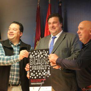 """Fernando Parlorio ha presentado la campaña de """"Black Friday"""" preparada desde la Concejalía de Comercio"""