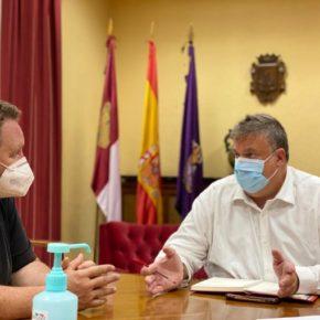 El Ayuntamiento de Guadalajara se reúne con hosteleros y comerciantes para marcar las líneas de trabajo hasta final de año